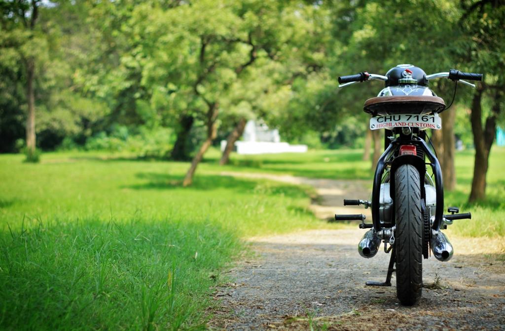1972 Jawa 250 Racer - Highland Custom Motorcycles - Pipeburn com