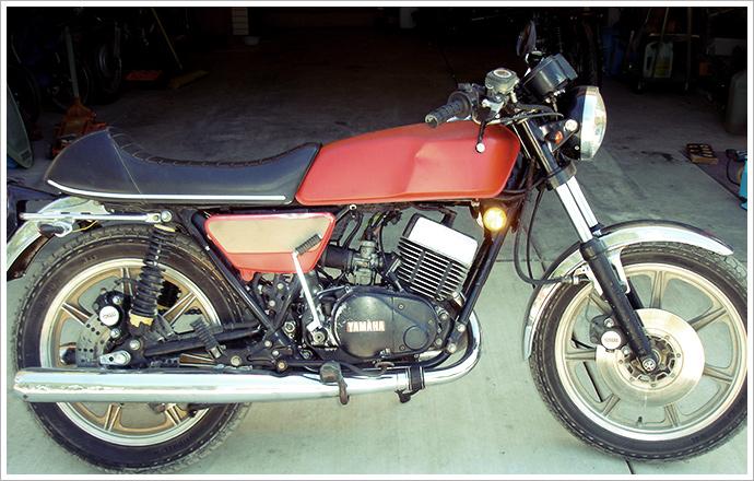1976 yamaha rd400 - kickstart garage - pipeburn