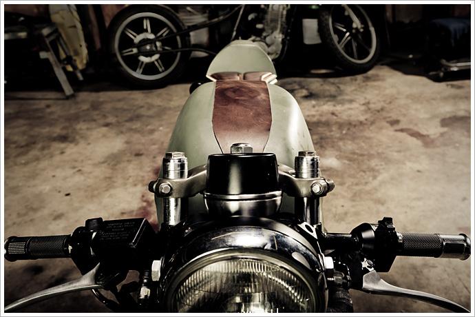 retro moto's '81 honda cm400 - pipeburn