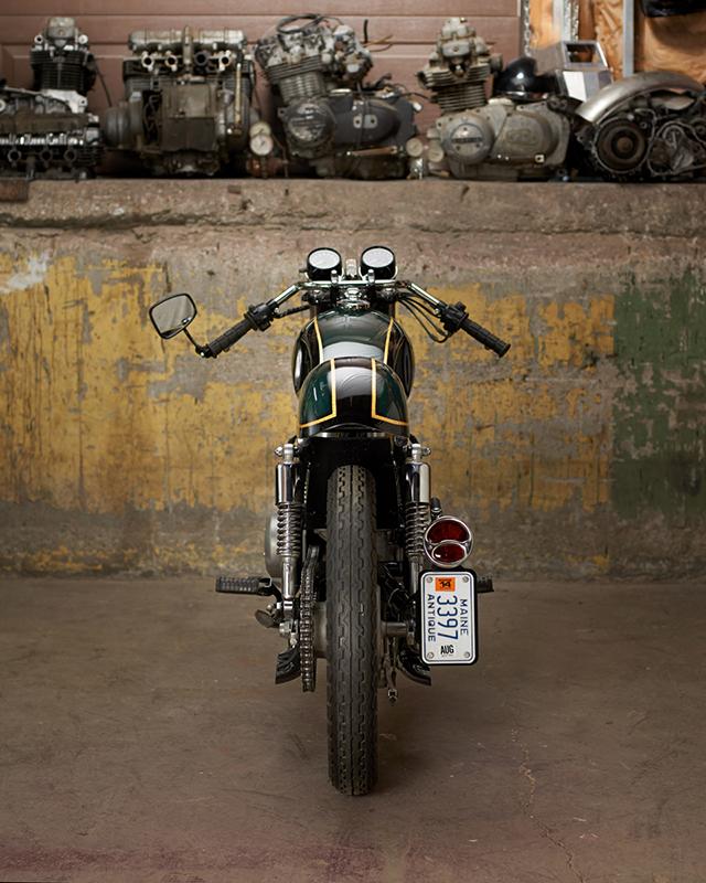 Vast Moto2165