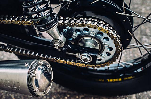 23_08_2015_motogadgets_yamaha_xs650_08