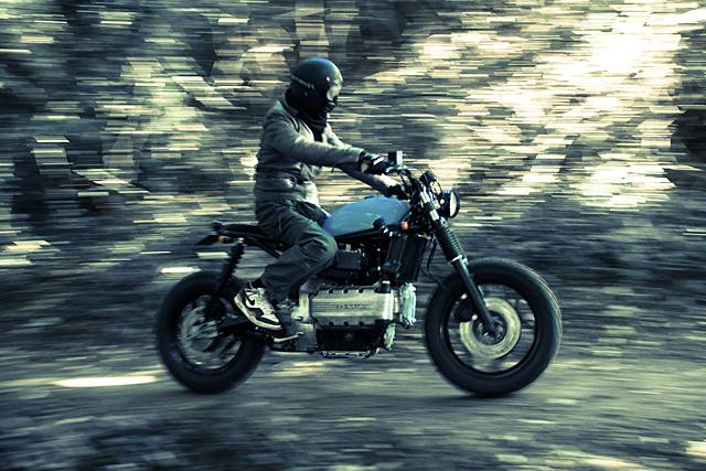 03_11_2015_ed_turner_BMW_K100_10