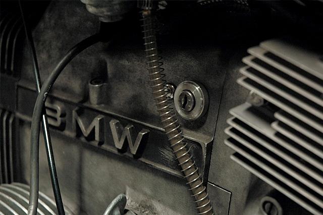 07_01_2015_BMW_R65_shadow_motor_07
