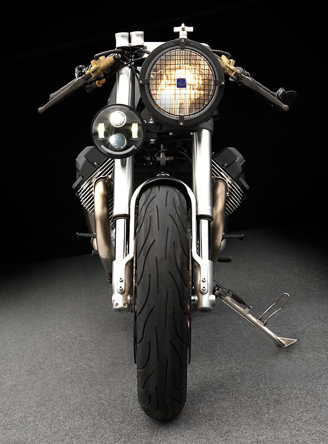 28_04_2016_Moto_studio_V11_sport_05