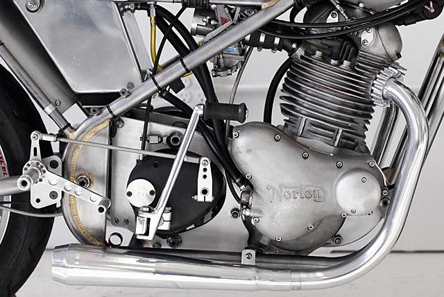 19_05_2016_Norton_Seeley_Commando_Worth_Motorcycle_Company_02