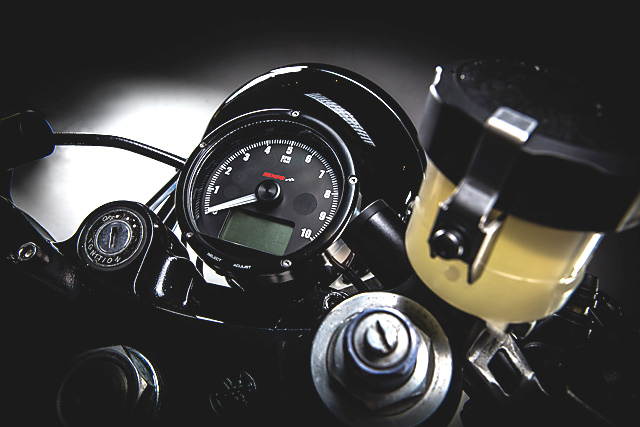 05_08_2016_MotoRelic_Yamaha_RD400_04