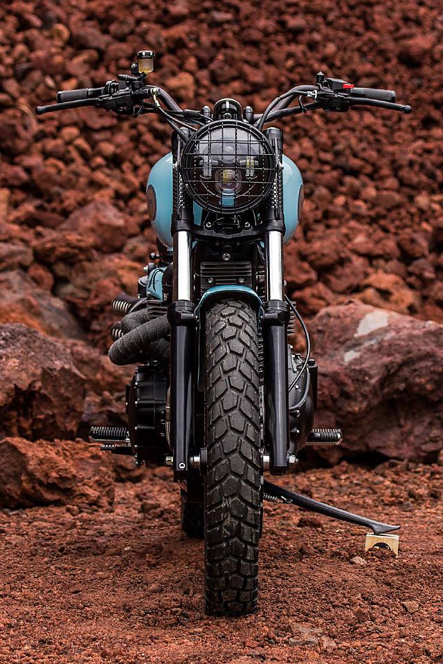 17_08_2016_Catrina_Motosurf_Baja_900_Triumph_Scrambler_09