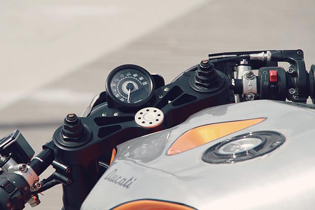 28_09_2016_cc_racing_ducati_supersport_900_09
