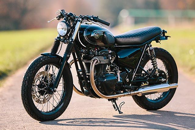 06_12_2-16_schlachtwerk_kawasaki_w800_black_tracker_brat_germany_custom_motorcycle_03