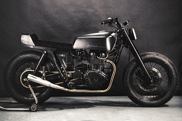 SHADOW OF A DOUBT. Alea Motorcycle's 'Blacksun' Triumph Bonneville