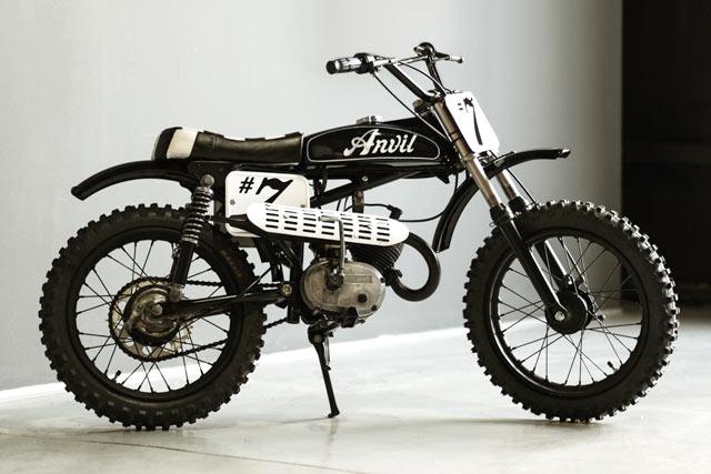 BAMBINO TO GO. Anvil Motociclette's Tiny 'Koz' Italjet Minimoto