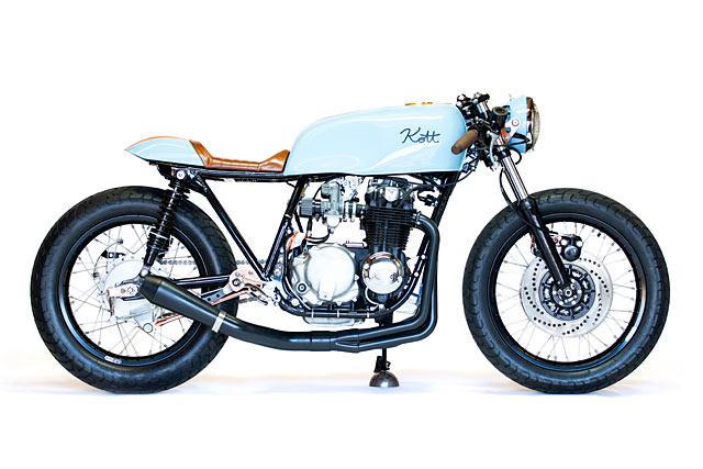 GULF COURSE. Kott Motorcycle's Textbook Honda CB550 Cafe Racer