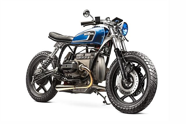 ON THE GAS. Tattoo Customs' 'Blue Velvet' BMW R80RT Cafe Brat