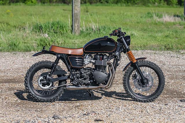 BLACK & TAN SCRAM. Triumph Scrambler by Analog Motorcycles