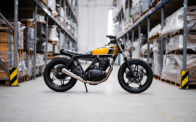 LICENCE TO THRILL: Honda FT500 by Hombrese Bikes