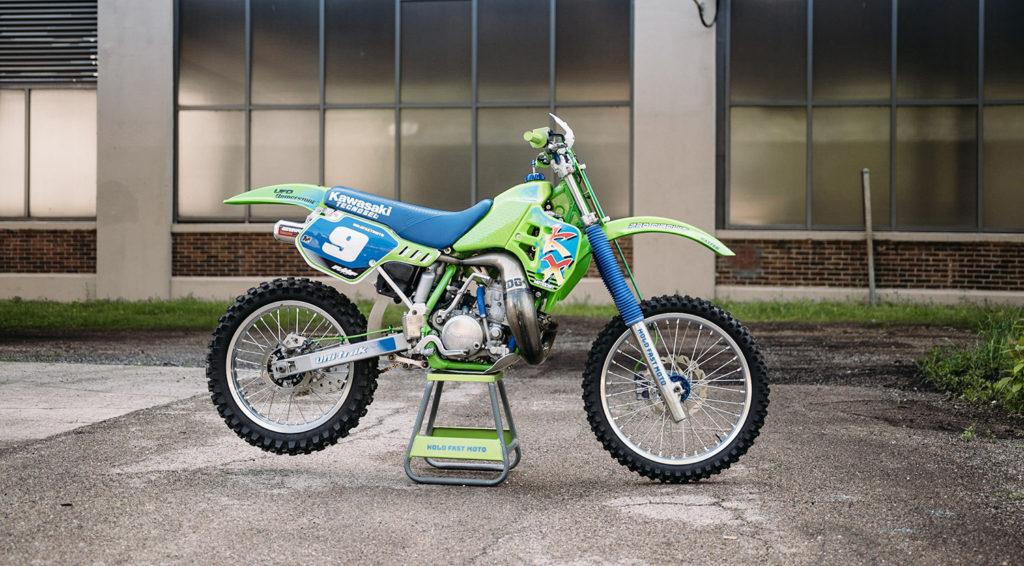 RAD & RETRO: 1989 Kawasaki KX250 by Hold Fast Moto.