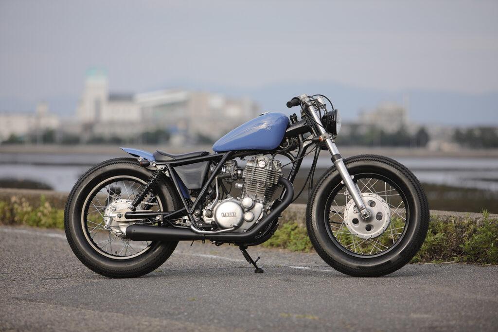 ICONIC: Yamaha SR400 by Heiwa Motorcycles.