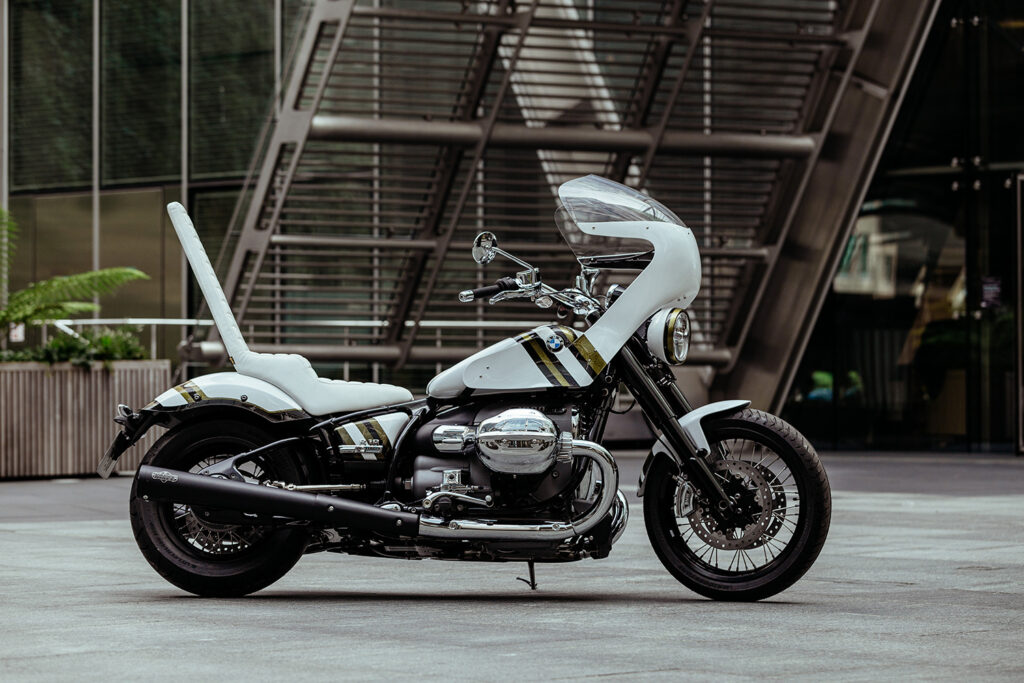 WORLD'S BIGGEST BOSOZOKO? BMW R18 by Untitled Motorcycles.