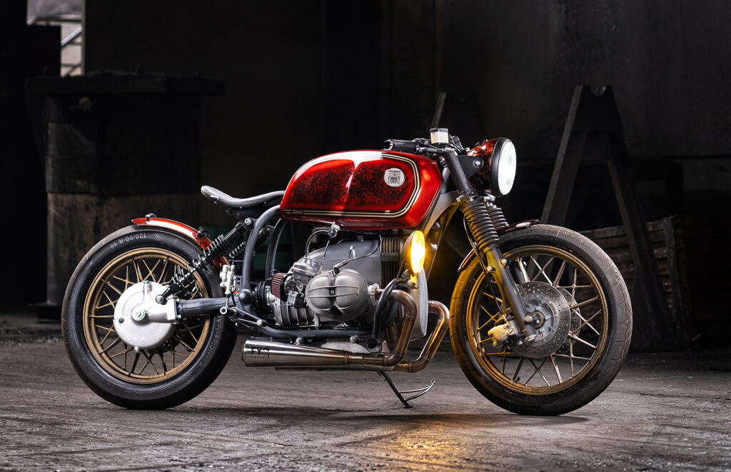 RED-HOT: BMW R100 by Incerum Customs.